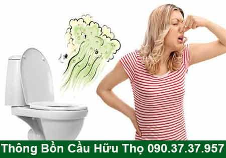 Bồn cầu toilet bốc mùi hôi mỗi lần xả nước là bị gì ?
